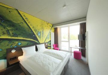 qubixx - StadtMitteHotel - Für Geschäftsreisende. Für Touristen. Für Alle. Mitten in Schwäbisch Hall. qubixx comfort - Zimmer ab 79 Euro.